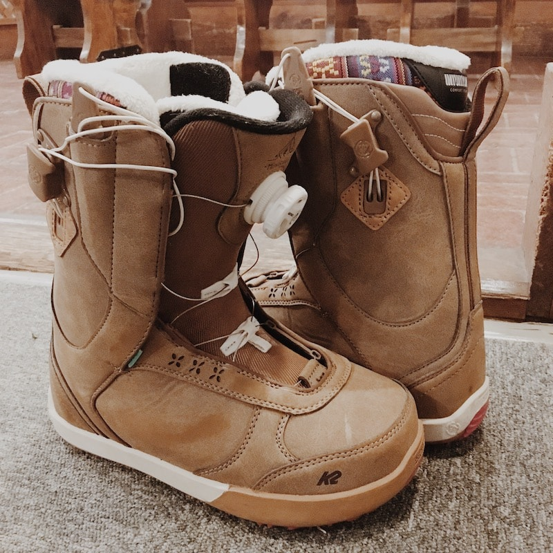 Snowboard boots 6