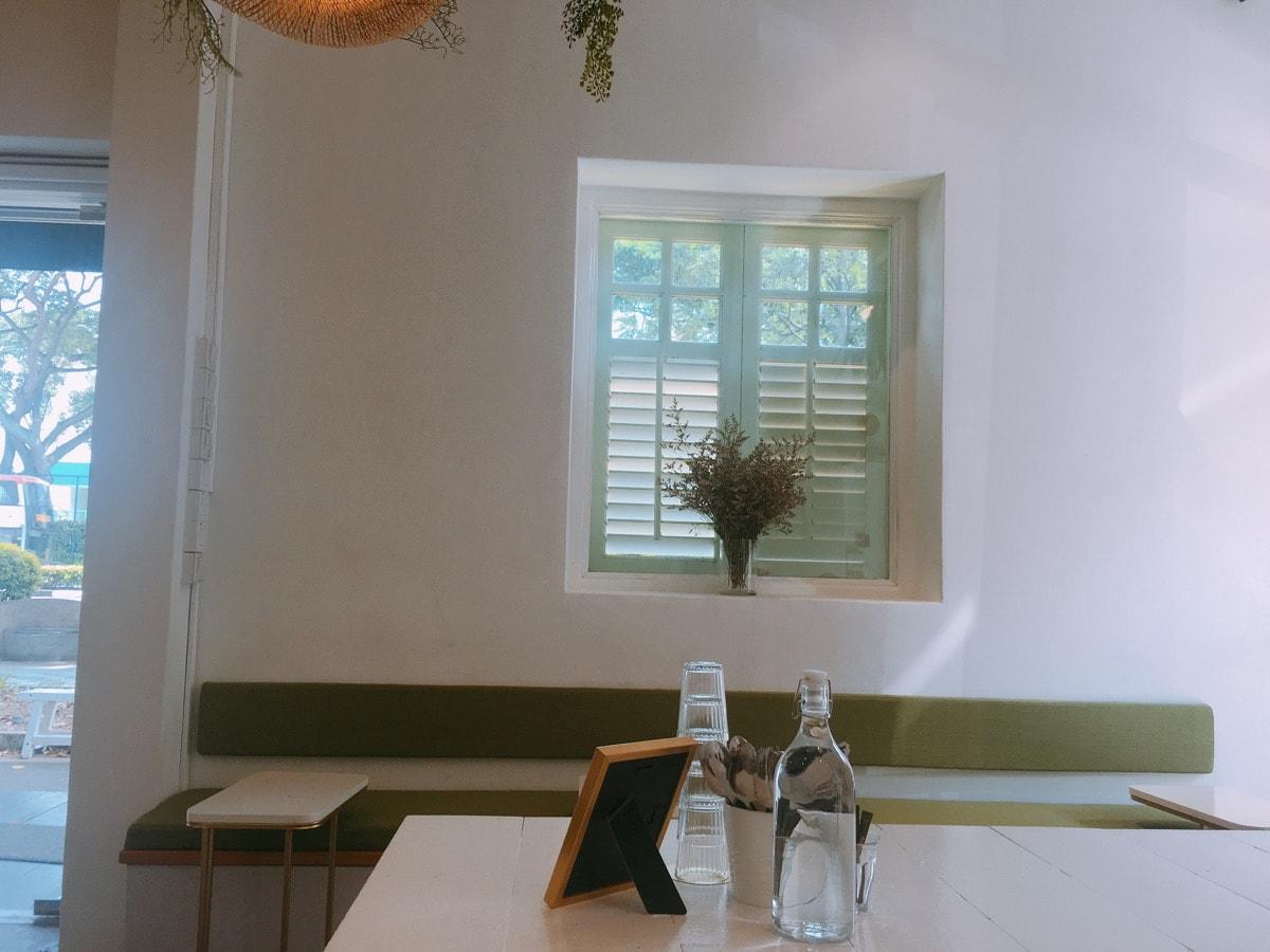 Singapore cafe 10