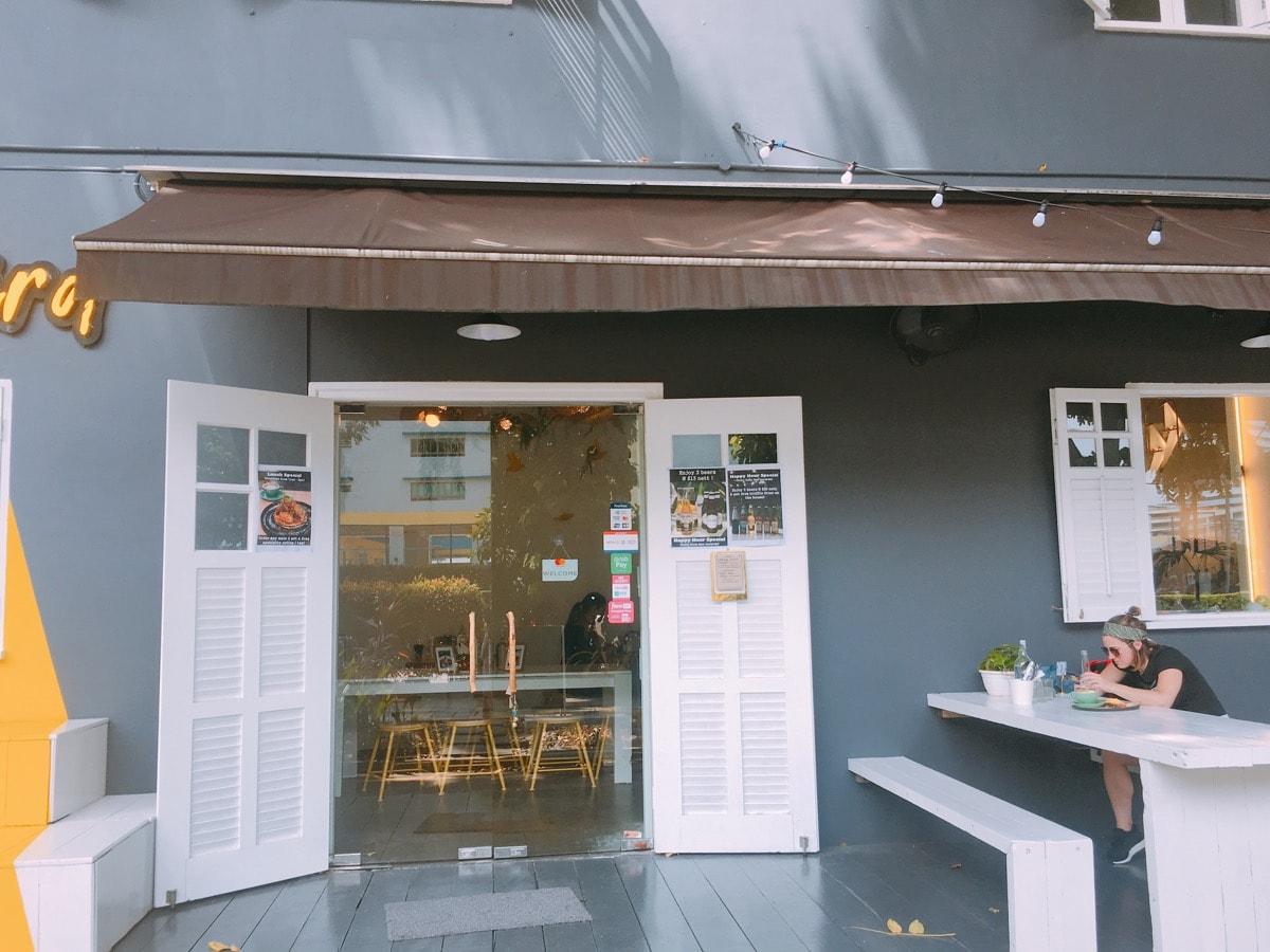 Singapore cafe 12
