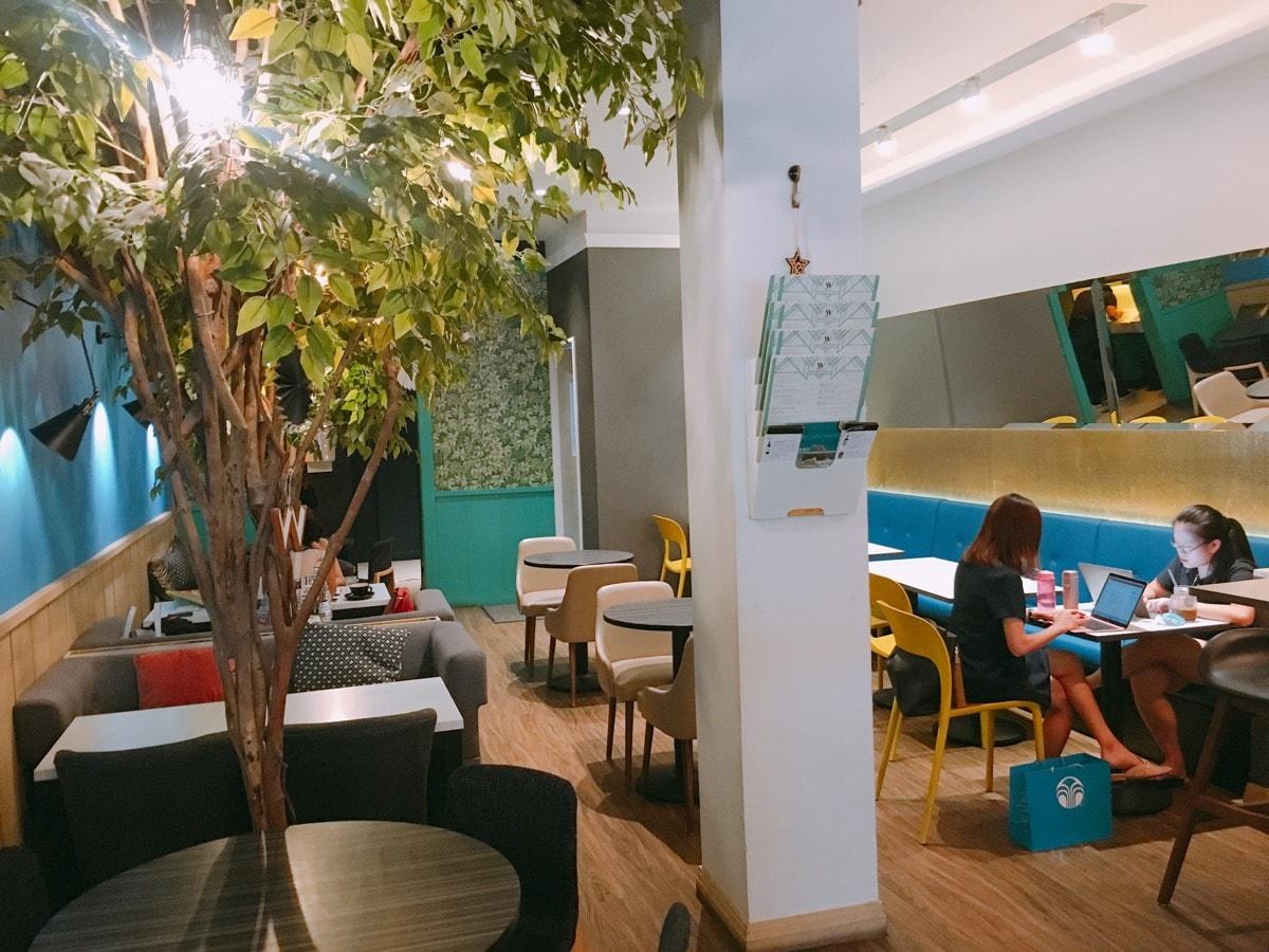 Singapore cafe 16