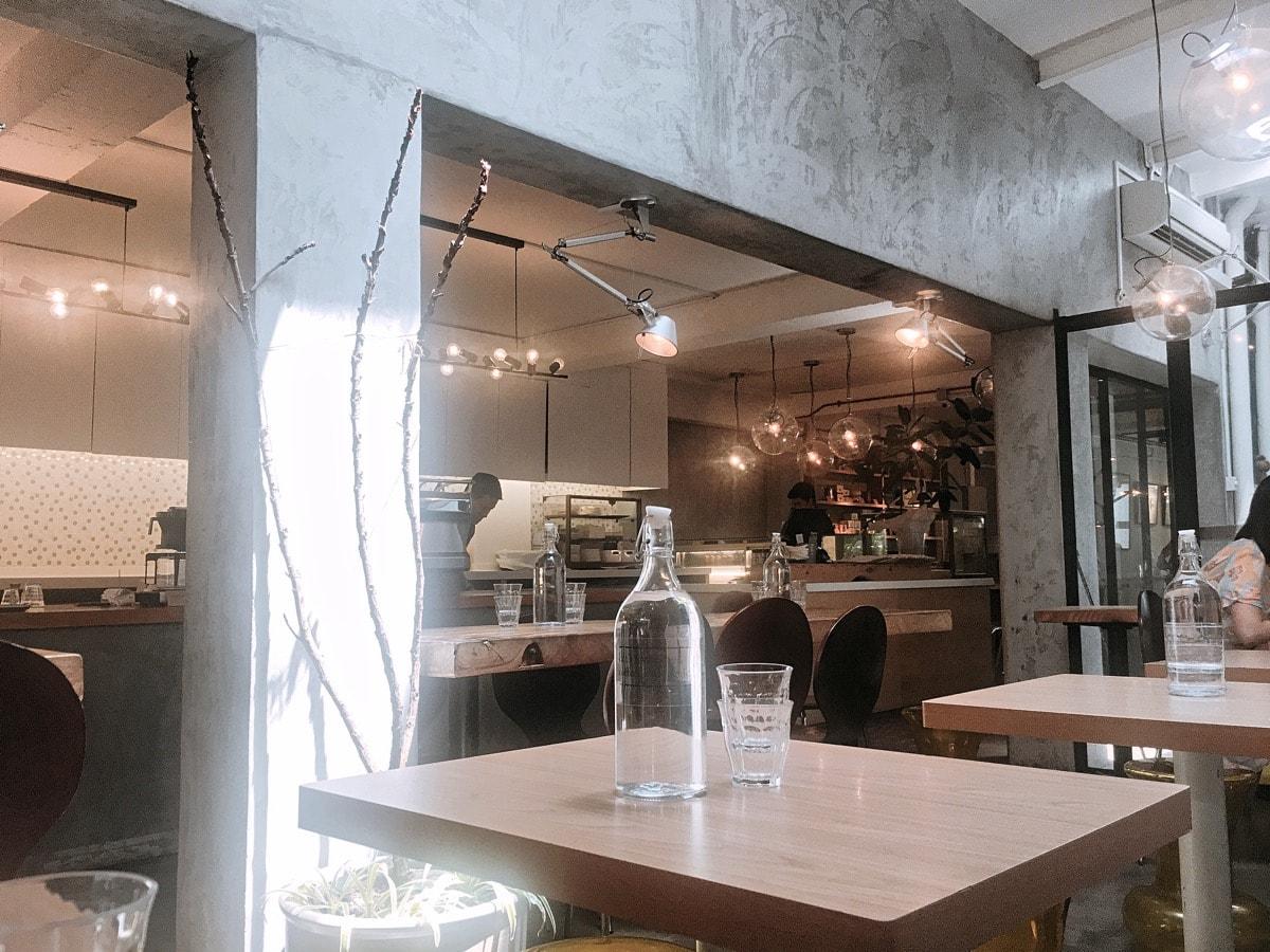 Singapore cafe 2