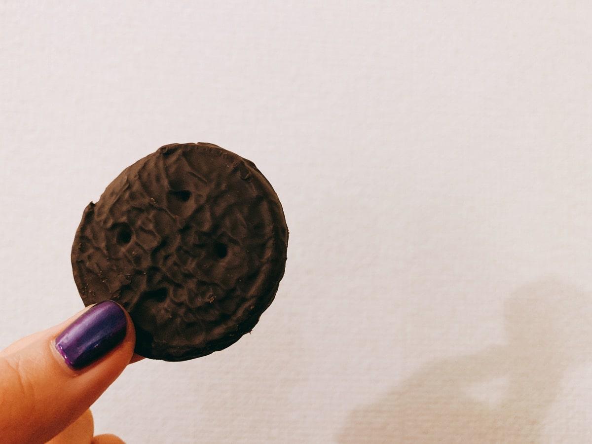Iherb snack 20ファッジミントクッキー中身