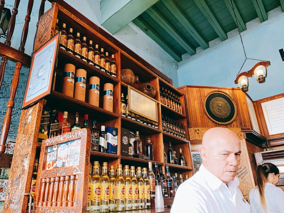 Cuba cocktail 10ボデギータ店内お酒
