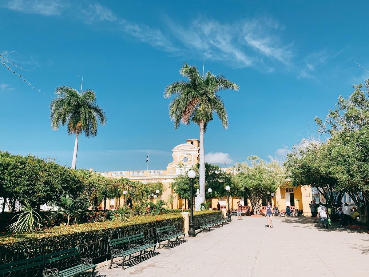 Trinidad 49広場