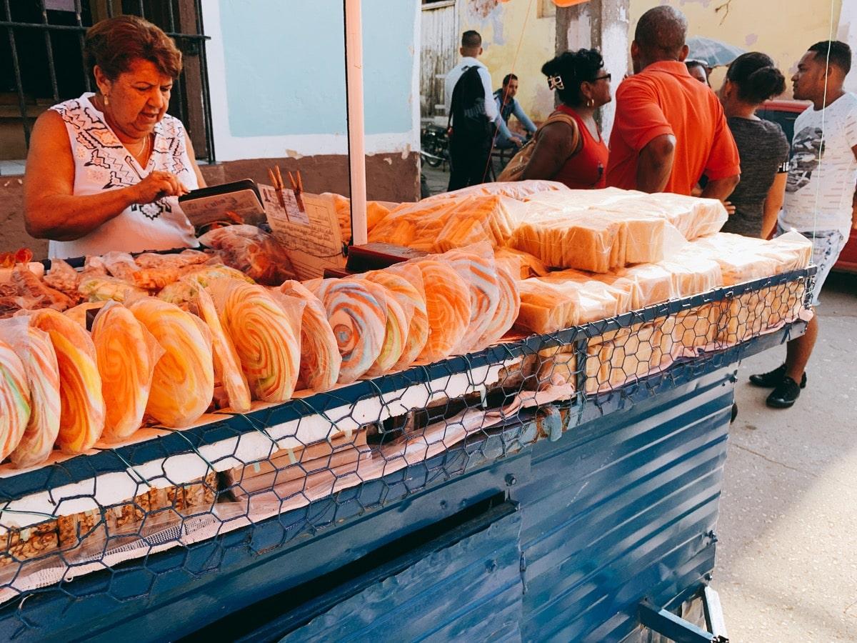 Trinidad 48お菓子の屋台