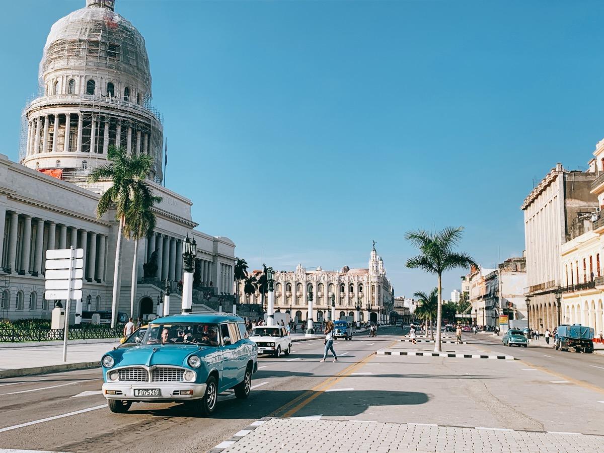 Cuba classiccar 22
