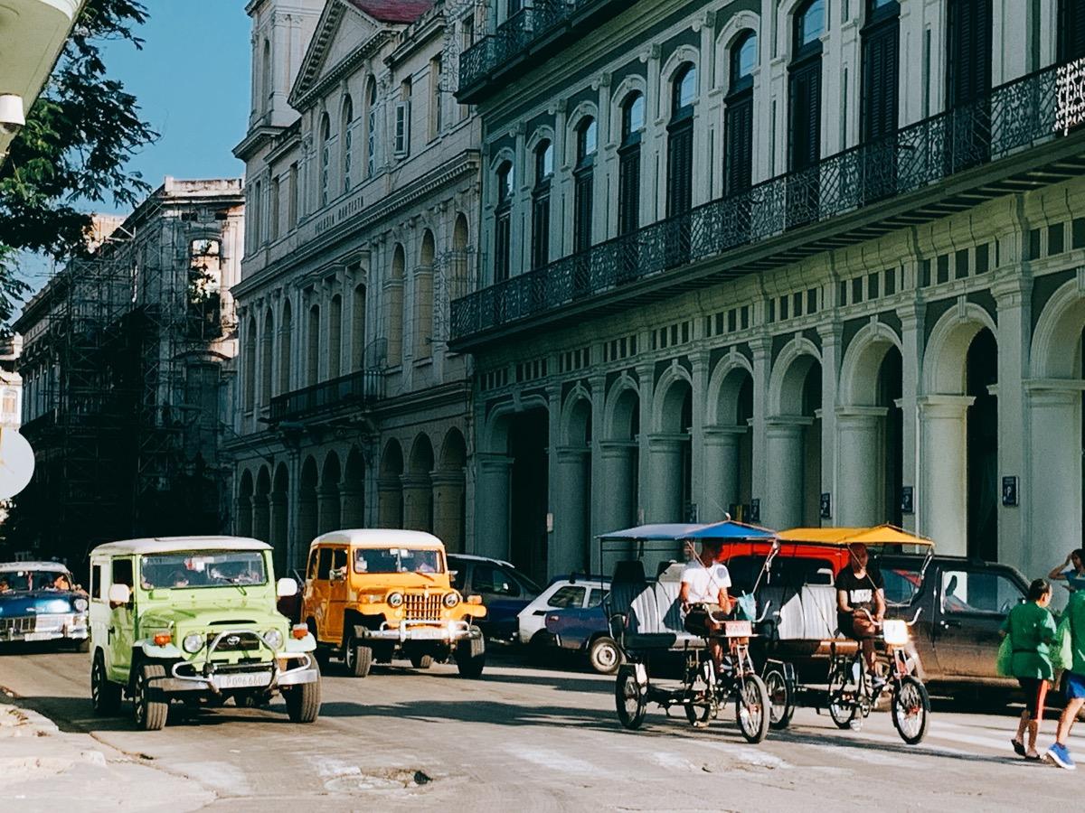 Cuba classiccar 24