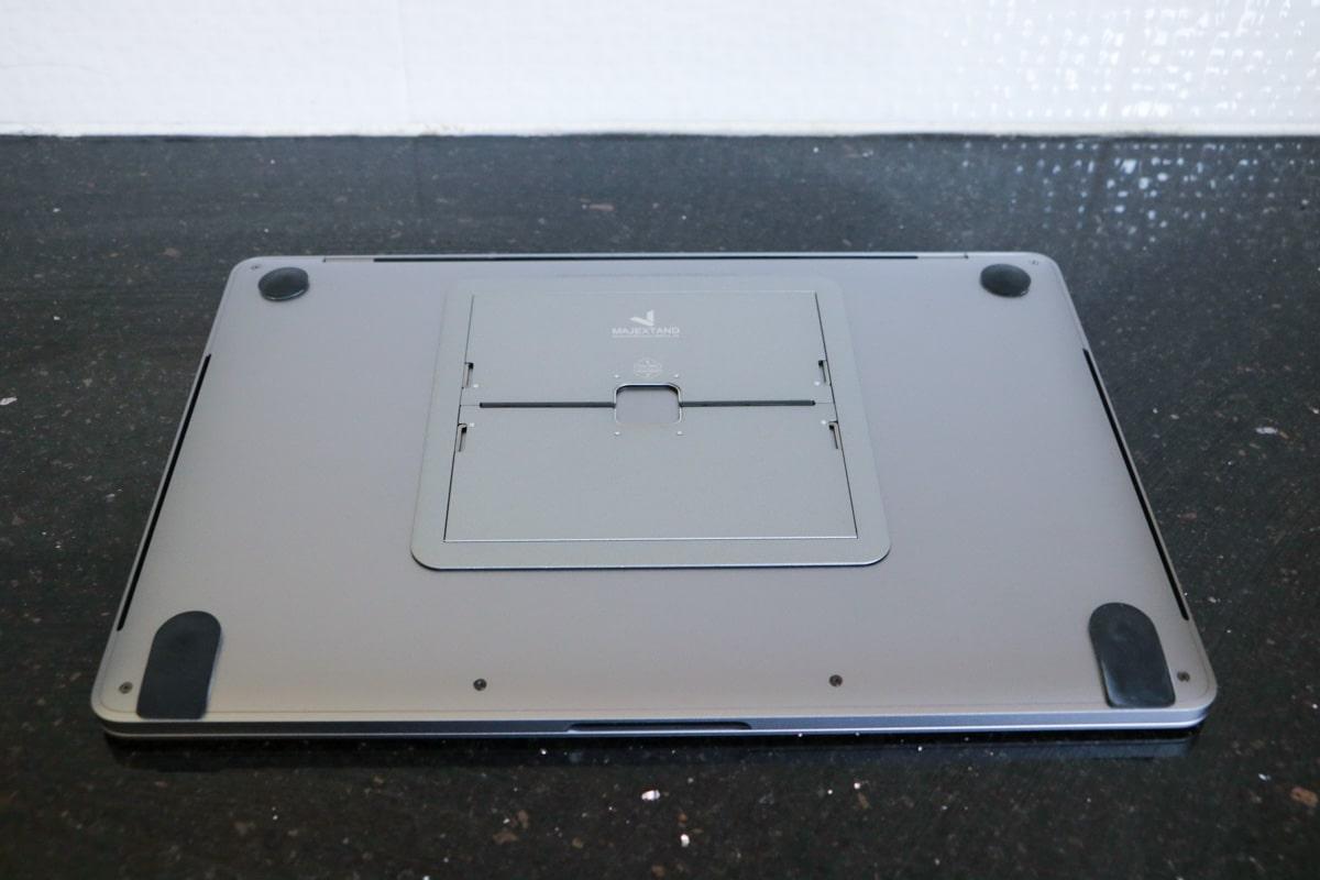 Majextand 3MacBook裏