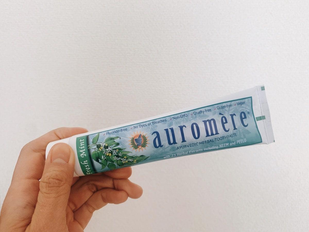 Iherb toothpaste 1Auromere アーユルヴェーダハーブ歯磨き粉